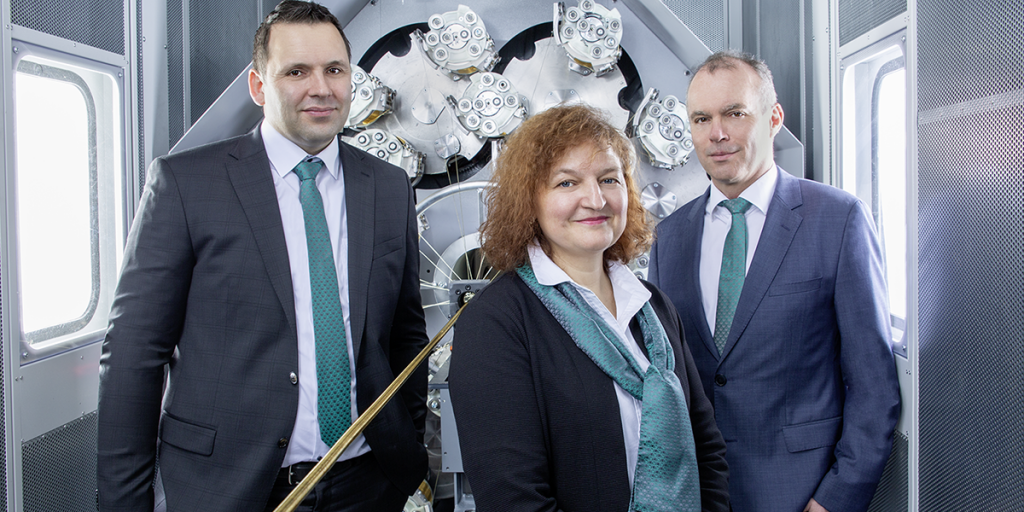 Picture showing the core team of Mayer & Cie. Braidtech in charge of sales and service of Mayer & Cie. braiding machines.