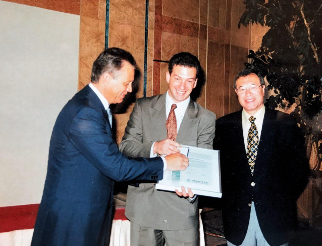 Dimatex' Fernando Ferradás is awarded a certificate for